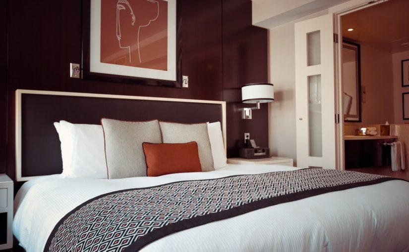 Jakie łóżko wybrać – z pojemnikiem, czy bez?
